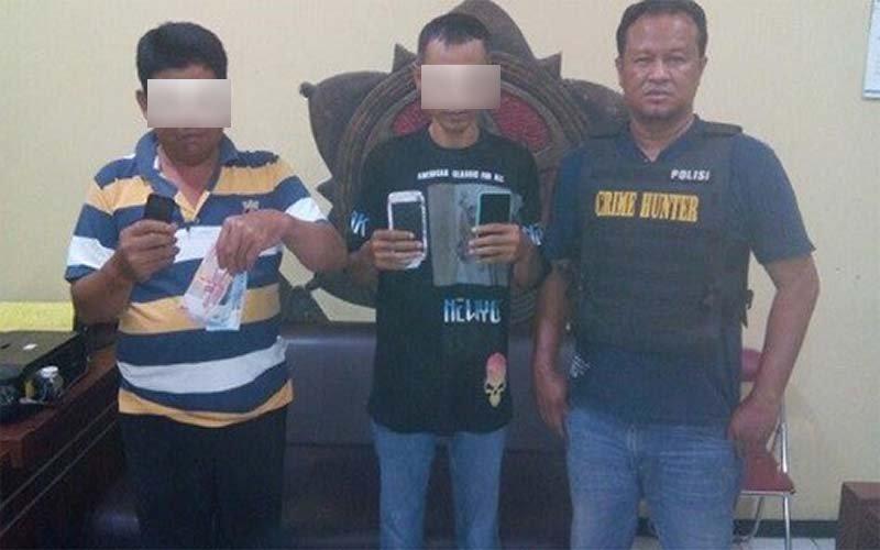 Crime Hunter Polsek Lakarsantri Surabaya Ringkus 2 Pengepul Judi Online