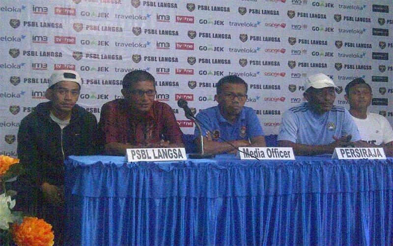 PSBL Vs Persiraja Di Stadion Langsa Aceh