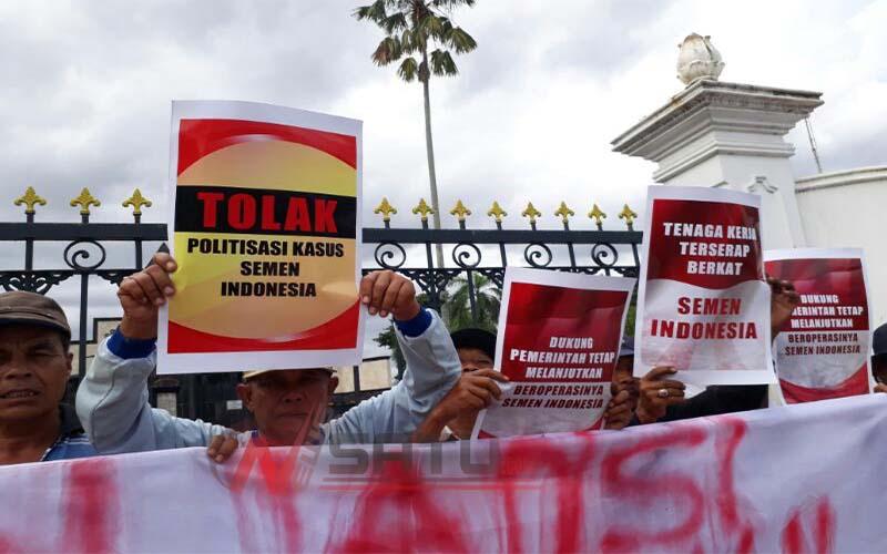 Puluhan Warga Yogyakarta Gelar Aksi Demo Tolak Politisasi Kasus Semen Indonesia