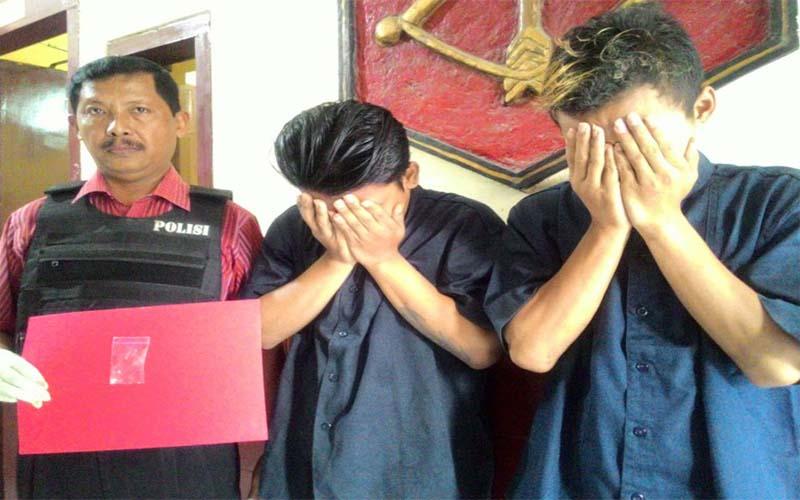 Simpan Narkoba Di Jok Motor, Dua Pemuda Ditangkap Polsek Tandes