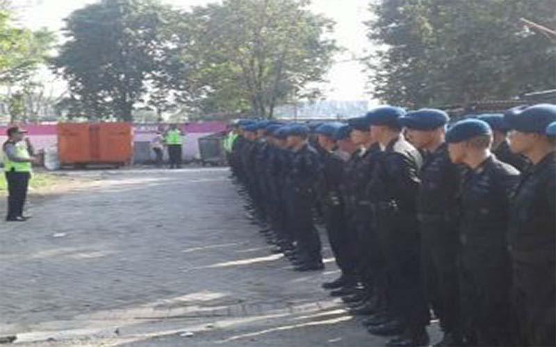 Amankan Aksi May Day, Polrestabes Surabaya Terjunkan Satu Kompi Brimob