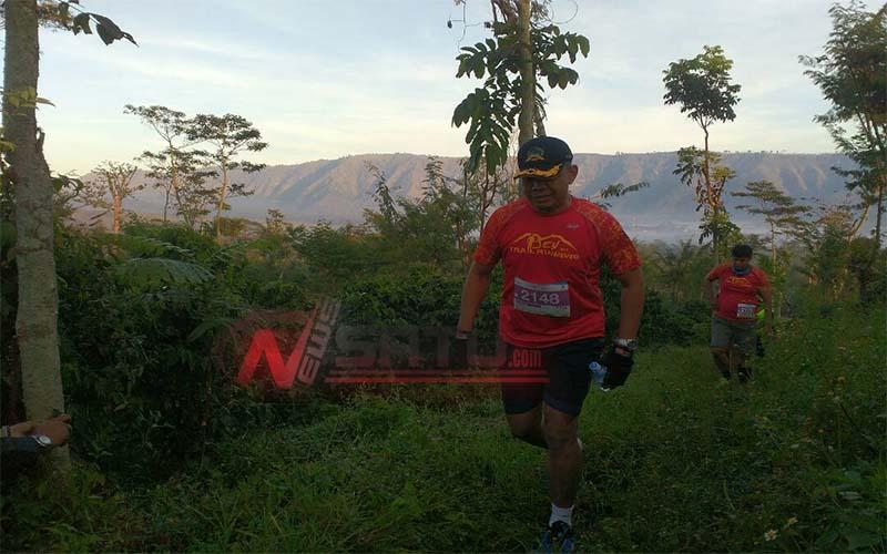 Asisten I Pemkab Bondowoso Jadi Peserta Ijen Trail Running Tahun 2017