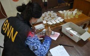 BNNP Tes Urine Ratusan Camat Di Ternate Maluku Utara