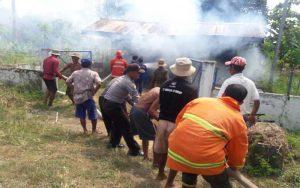 Diduga Terjadi Konsleting Listrik, Sebuah Rumah Pompa Air Di Sumenep Terbakar