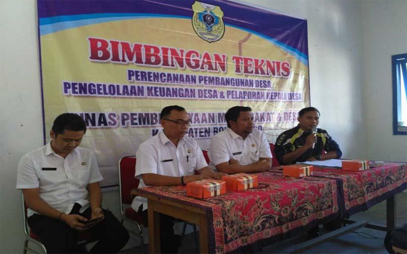 Dinas PMD Bondowoso Gelar Bimtek Pengelolaan Keuangan Desa