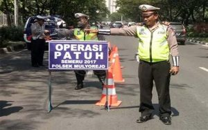 Foto surabayaraya; Satlantas Polrestabes Surabaya Gelar Operasi Patuh Semeru 2017