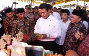 Menteri Pertanian, Salurkan Kartu Tani Pada 97 Ribu Petani Di Sumenep