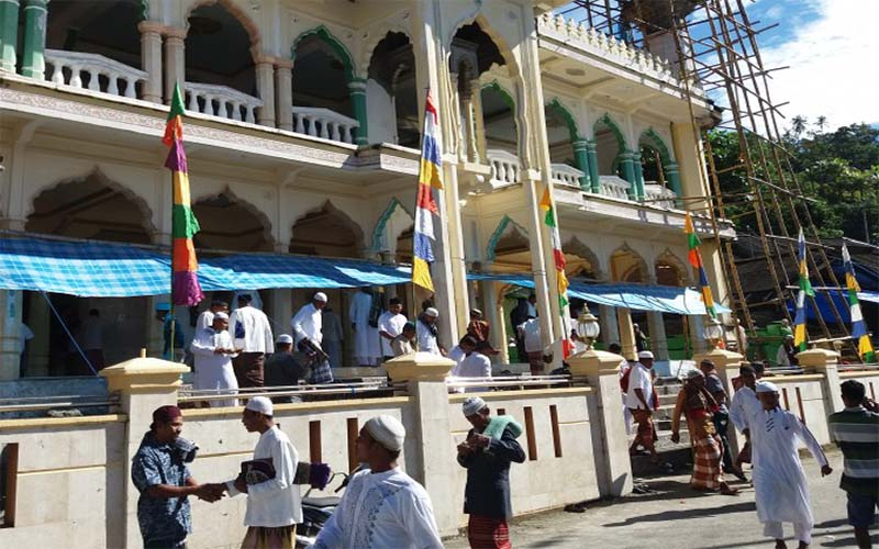 Sejumlah Desa Di Ambon Rayakan Lebaran Idul Fitri 1438 H