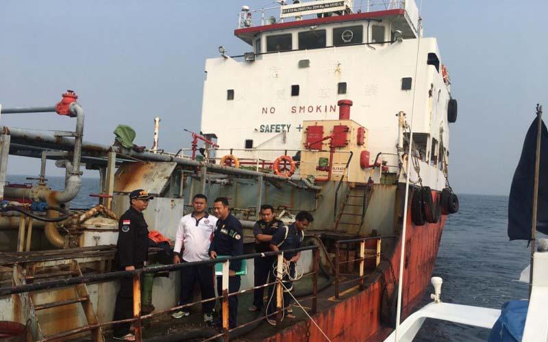 Tak Dilengkapi SPB, Sebuah Kapal Tanker Diamankan Bakmla RI