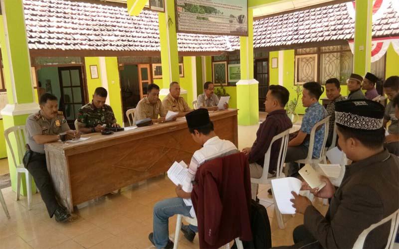 Potret Buram Penyeberangan Talango Kalianget, Warga Gruduk Kantor Kecamatan