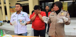 Satreskoba Polrestabes Surabaya Tangkap Pengedar Narkoba