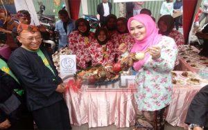 Sumenep Spektakuler, Ribuan Warga Serbu Festival Sate Gajah