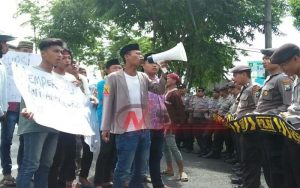 Hari Anti Korupsi, Aktivis Gempar Demo Kejari Sumenep