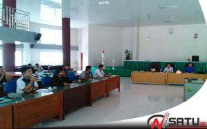 Gruduk Kantor DPRD, Aktivis Desak Kasi PUPR Nias Utara Dicopot