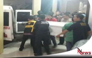 Densus 88 Baku Tembak Dengan Terduga Teroris Di Tandes Surabaya