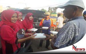 GOW Sumenep Berbagi Takjil Dan Paket Sembako