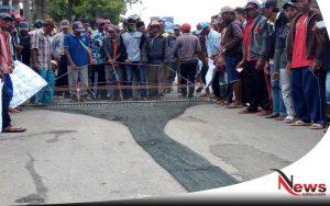 Nelayan Talango Sumenep Demo Kantor DPRD Sumenep