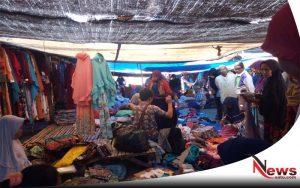 Jelang Lebaran, Pasar Sattoan Sumenep Diserbu Warga