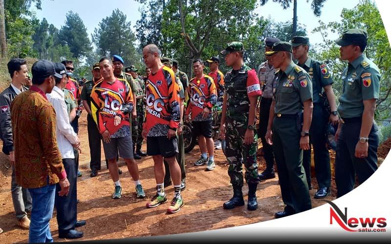 Bersepeda, Pangdam Brawijaya Tinjau Lokasi TMMD di Mojokerto