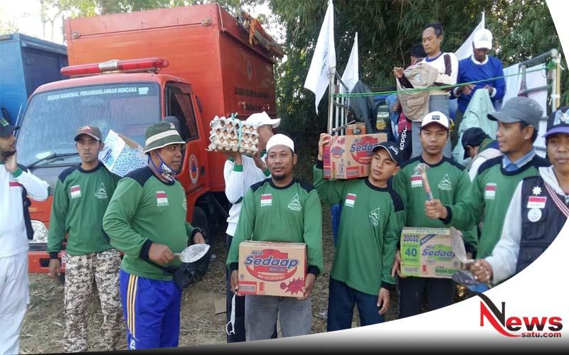 HILMI Dan FPI Madura Beri Bantuan Sembako Korban Gempa Di Sumenep