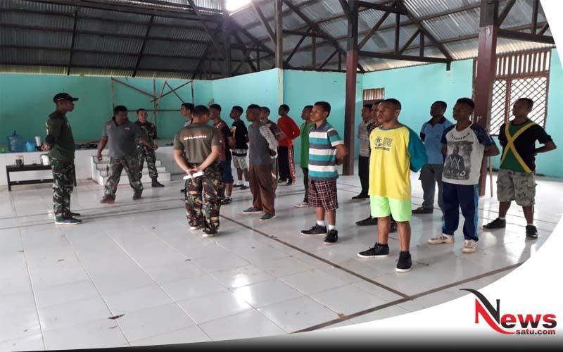 Satgas Raider 500 Sikatan Seleksi Calon Tim Pengawal Bendera Pusaka Di Papua