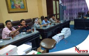 Soal Dugaan Pungli Pasar Anom, FKMS Gruduk Kantor Komisi II DPRD Sumenep