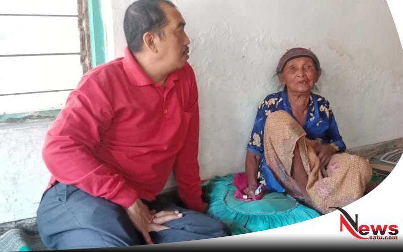 Kasihan, Nenek 70 Tahun Di Sumenep Ini Tidak Pernah Tersentuh Program Pemerintah