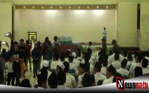 Diduga Tak Kantongi Ijin, Bawaslu Dan Polisi Hentikan Deklarasi Dukung Jokowi-Makruf Amin Di Sumenep