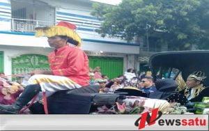 Beginilah Penyambutan Warga Sumenep Pada Presiden Jokowi