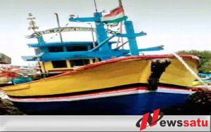 Kapal Nelayan Probolinggo Tenggelam Di Madura