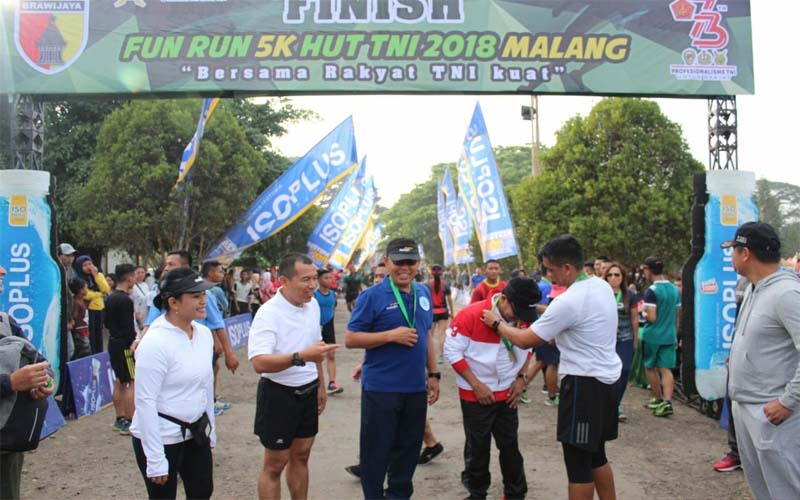 Ribuan Pelari Ikuti Fun Run Di Kota Malang