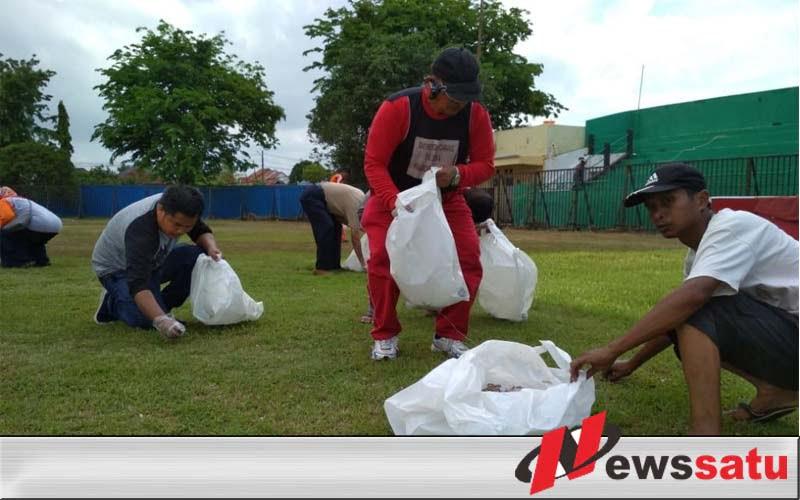 Pasca HGN, Disdik Sumenep Bersih-bersih Stadion