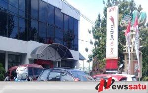Pasca Liburan Natal, Antrian Panjang Terjadi Di Bank Probolinggo
