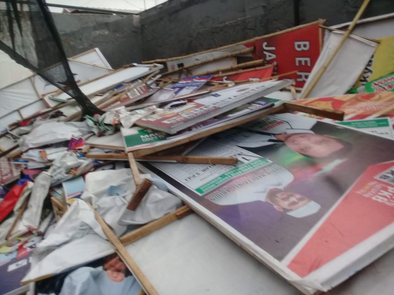 Bawaslu Kota Probolinggo Turunkan APK Pemilu