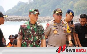 Danrem 083 Baladhika Jaya Dan Kapolda, Pantau Simulasi Penanggulangan Bencana Di Banyuwangi