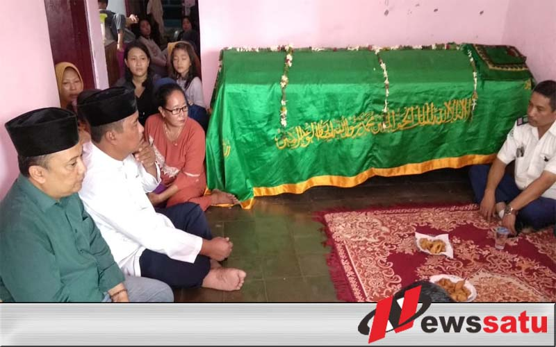 Ikut Berduka Cita, Wakil Walikota Probolinggo Ngelayat Ke Rumah Korban Kesetrum Listrik