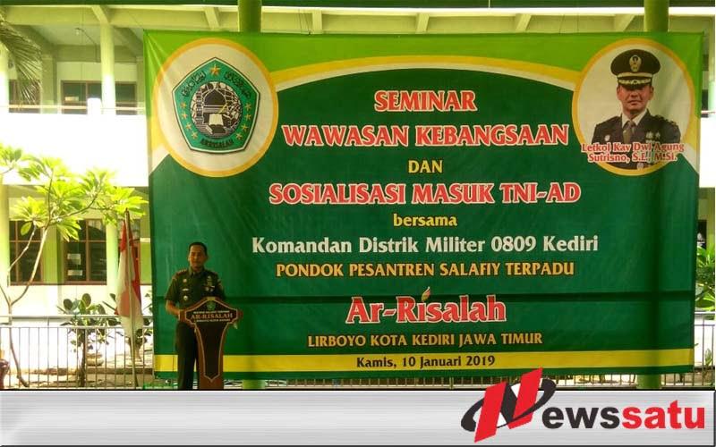 TNI AD Beri Wawasan Kebangsaan Pada Santri Ponpes Salafiy Terpadu Ar Risalah