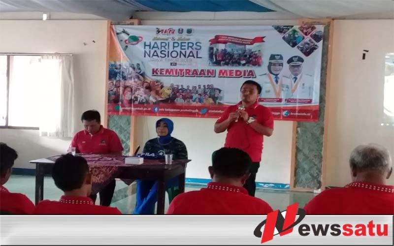 Kominfo Probolinggo Rayakan HPN 2019 di Pantai Wisata Bentar