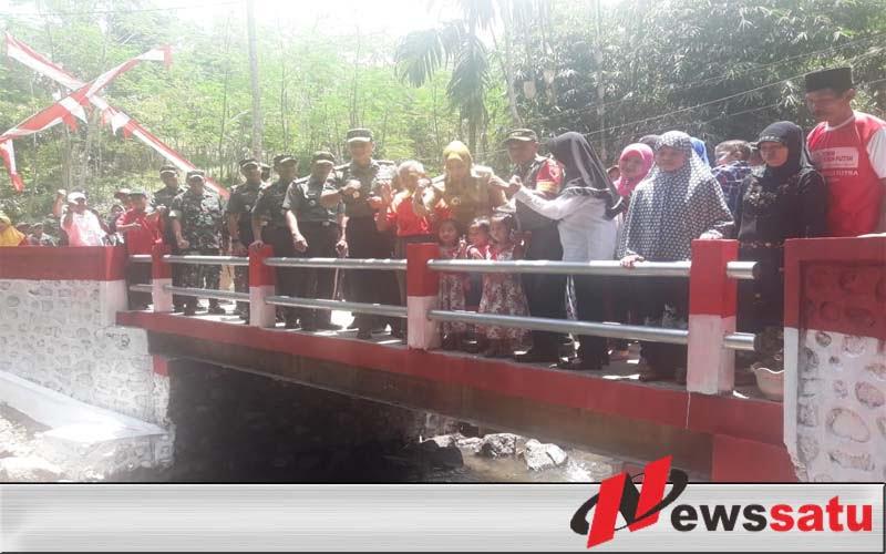 Jembatan Dusun Karang Kebun, Sudah Bisa Dilalui Kendaraan Roda Empat