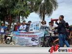 Soal Tambak Udang, Puluhan Aktivis Unjuk Rasa Ke Rumdis Bupati Sumenep