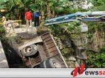 Truk Nyungsep ke Sungai di Pamekasan, Sopir dan Kenek Luka-luka
