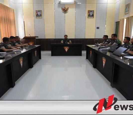 Danyonarmed 12 Kostrad Gelar Rapat Evaluasi Kegiatan Wujud Binsat