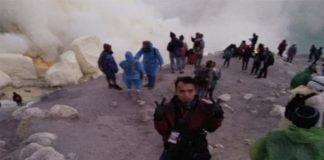 Kawah Ijen Kembali Keluarkan Gelembung Gas Beracun