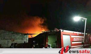 Gudang Snack Di Kota Probolinggo Terbakar