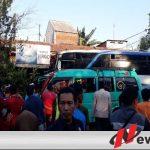 Bus Di Probolinggo Seruduk Sejumlah Sepeda Motor