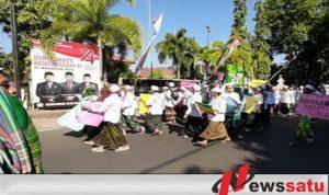 Warga Kota Probolinggo Demo Penutupan Tempat Hiburan Malam