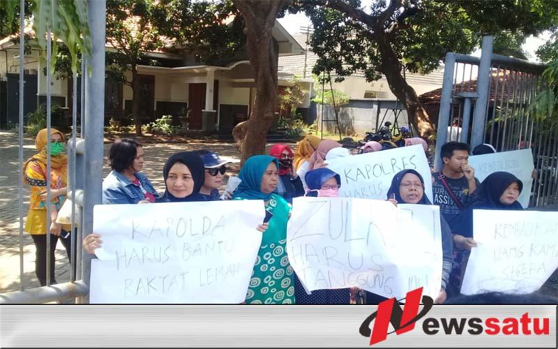 Uang Gak Bisa Cair, Nasabah KSU Mitra Perkasa Demo