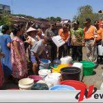 Dilanda Kekeringan, Kodim Jember Salurkan Air Bersih