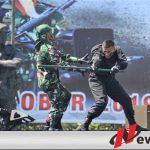 Parade Defile Dan Drama Kolosal, Ramaikan HUT TNI Ke-74 Di Makodam V Brawijaya