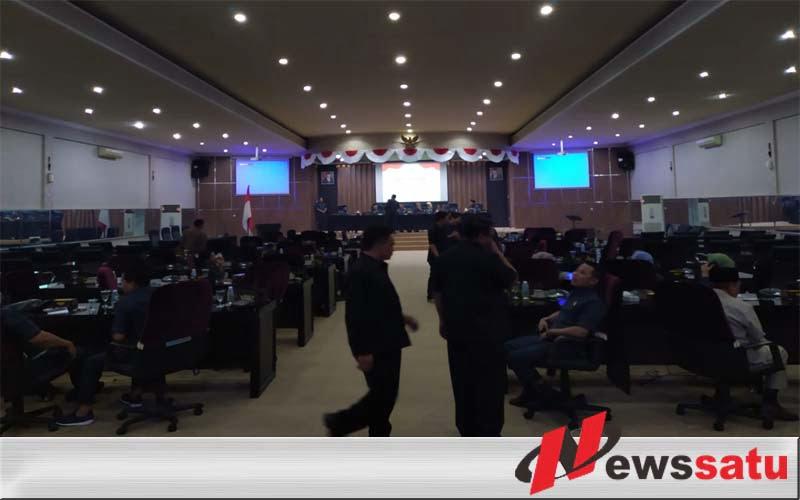 Bupati Bondowoso Memberikan Jawaban Interpelasi DPRD